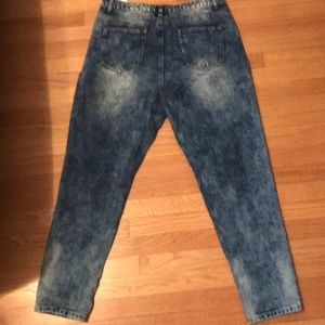 Boohoo Jeans - Ripped Acid Wash Blue Jeans Size 14
